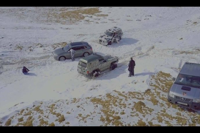 ON TOUR WINTER FUN Streetmaniacs offroad 4x4 edition